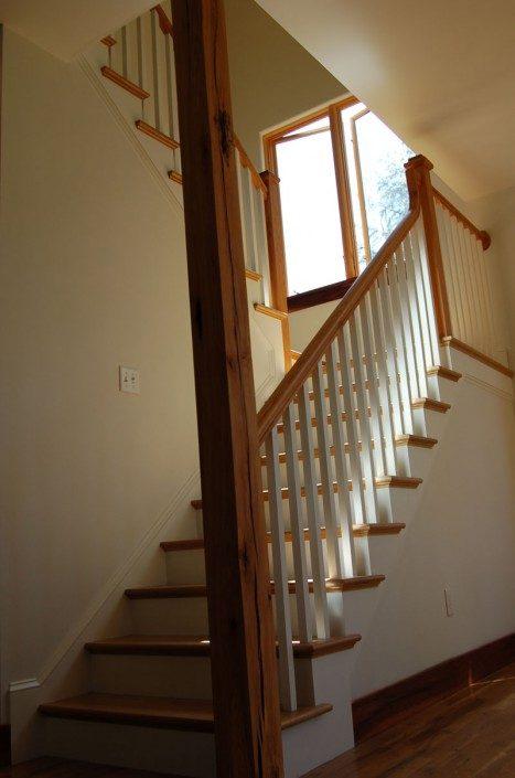 Beautiful Staircase   Jade Mountain Builders