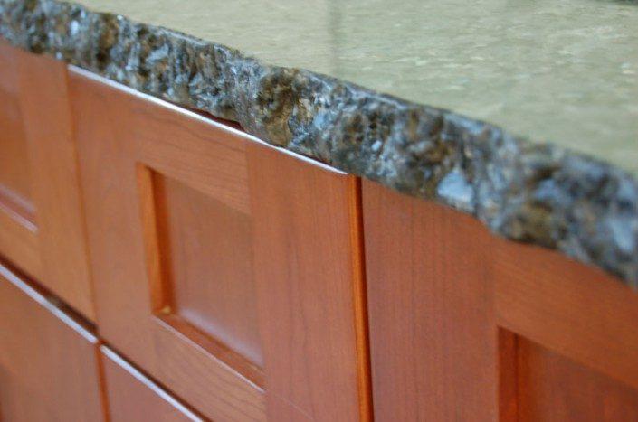 Bathroom Counter | Detail | Green Home